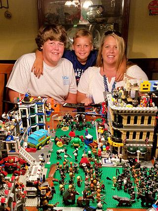 UM-BGS-Christie-Rogers-w-kids-legos